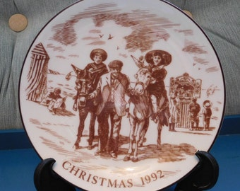 Coalport Fine Bone China Plate 'Christmas 1992' for Wallace Arnold Coaches