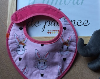 CUSTOMIZABLE bib, pink patterned rabbits.