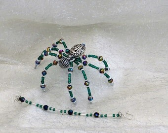 beaded Christmas spider