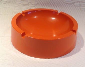 Rösti Denmark melamine ashtray round orange - plastic - retro vintage kitsch / / made in the Denmark