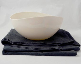Elegant off-white porcelain white Bowl