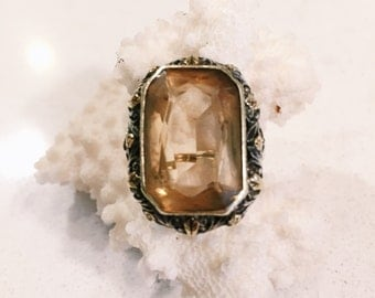 Citrine and 14k Gold Ring