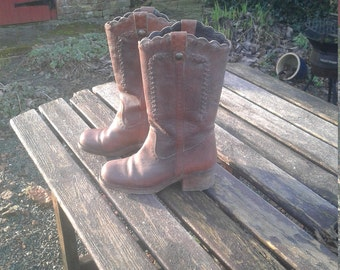 Vintage  brown leather boots (by Next)