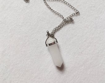 White Jade Necklace (W SILVER CHAIN)