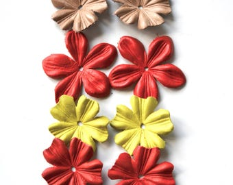 Mix of leather flowers set of 8pcs