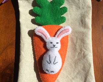 Easter bunny & carrot pocket toy