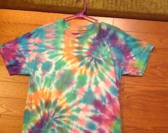 Double swirl tie dye