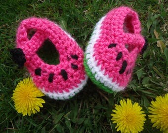 Watermelon shoes, watermelon booties, crochet watermelon shoes, watermelon baby booties