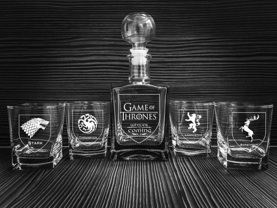 Game of Thrones glass, Whiskey glasses, Whiskey decanter, Scotch glasses, personalized whiskey glasses, Groomsman gift, Gift for man,wedding