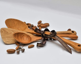 Oak Tree wooden cookware gift set