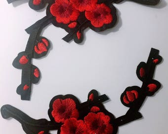 Ai/a pair/red plum blossom/ free shipping iron on patch/embroidery appliqués/stitch