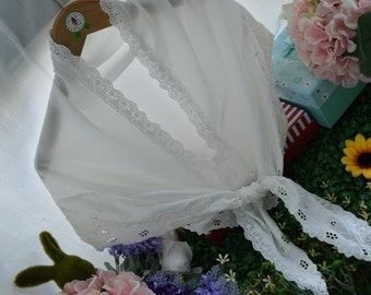 white Embroidered Floral Lace Triangle Scarf