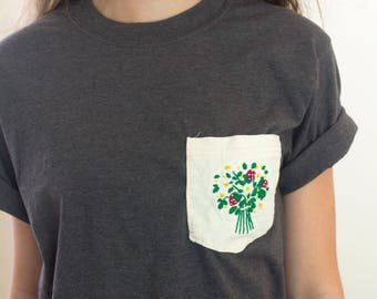 Strawberry Embroidery Shirt // Embroidered Shirt // Women's Clothing // Floral Bouquet Embroidery // Embroidery Art // Embroidered // flower