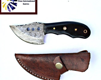 DAMASCUS KNIFE/ Titan/ BullHorn scales TD-029