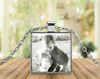 Square Custom Photo Pendant Necklace; photo Necklace; Mother's day; Mother's Day Necklace ; mom's day; gift for mom; Mother's Day Present
