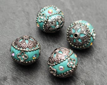 FIVE Pale Turquoise Antique Silver Beads. Exotic. 15mm Round