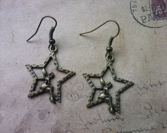 A few elven star earrings in bronze.  Size/weight 45x25mm