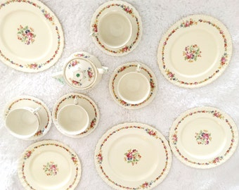 1936-54 Rare Vintage GRINDLEY England Raeburne Tea Cups Saucers Creampetal Plates Sugar Bowl set