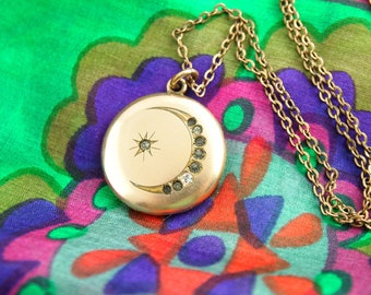 Moon Star Locket Necklace - Celestial Locket - Gold Filled Locket - Wedding Locket - Vintage Jewelry