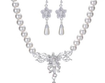 Bridal  Crystal Flower Teardrop Pearl Necklace and Earring set // Bridal Wedding jewelry set