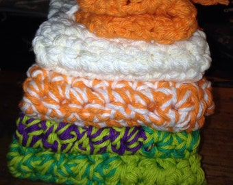 Hand Crochet wash cloths w / soap saver