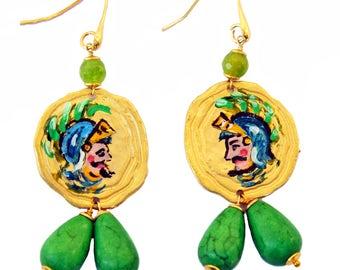 Earrings depicting Paladins Sicilians