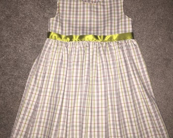 Girls gingham dress - birthday dress - party dress - perfect girls gift
