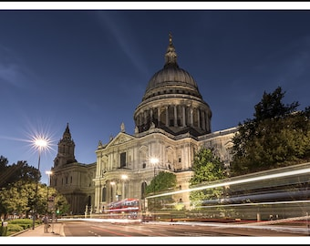 St Paul's Cathedral Light Trails