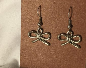 Silver rope bow earrings