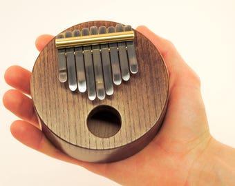 Kalimba // Mbira // Thumb piano // African instrument