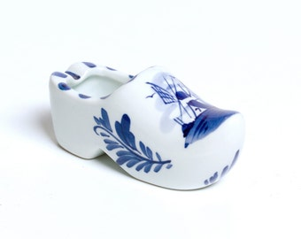 Delft Pottery Hand Painted Clog Shoe with Windmill Made in Holland Planter Ashtray Delfts Blauw