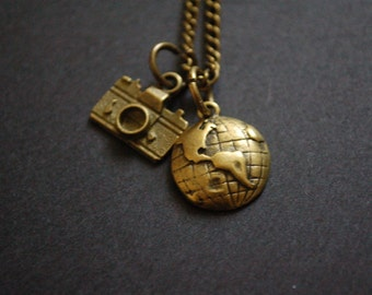 Bronze globe trotter necklace