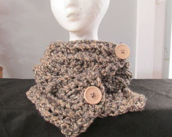 Cozy 2 button neckwarmer, hand made and ready to ship out to you.