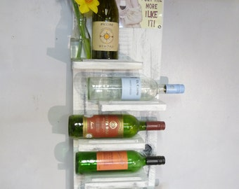 Lovely 6 Bottle Lime Waxed Wine Rack with Saucy Motif