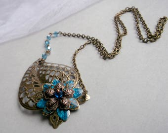 Bronze leaf necklace leaf pendant asymmetricall  necklace flower leaf necklace gift for her mother gift victorian necklace victorian jewelry