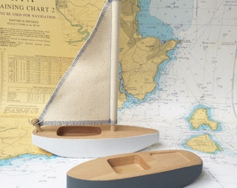 Wooden hand crafted toy boats / Sailing toy boat / Speed toy boat / Toddler gift toy / Nursery Gift Toy