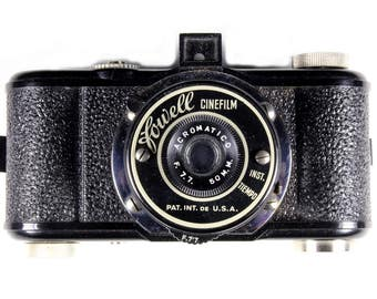 Vintage 1950s Fowell Camera Bakelite