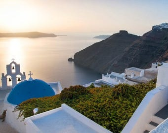 Santorini, the Aegean Greek paradise at sunset - canvas