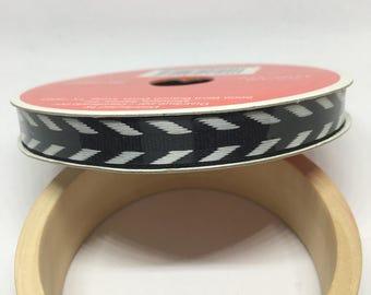 Black and White Arrow Ribbon / Polyester Ribbon / Fabric Ribbon / Sewing Ribbon / Scrapbooking / Card Making