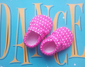 Soft sole baby shoes cribshoes rubber sole slippers pink flamingo booties girly booties