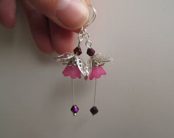 Dangle flower earrings pink