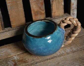 Braided handle coffee mug