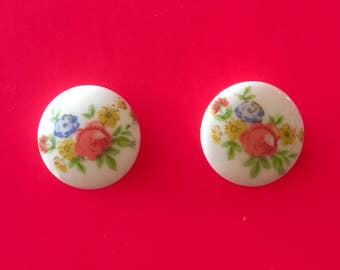 Vintage Floral Cabochon Earrings