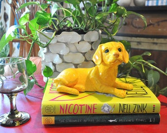 Ceramic Sculpted Yellow Labrador Retriever Statue, Tchotchke