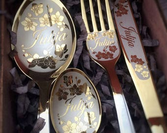 Personalized Cutlery Set,Original Gifts Idea for Friends or Family, Engraving Dining Set /name spoon/fork/knife,Design for Men and Women.