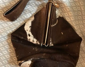 VTG Cowhide Leather Large Wristlet Clutch Bucket Bag