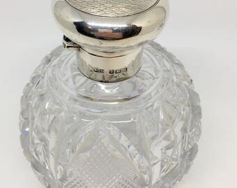 Antique crystal perfume bottle with silver collar & cap, Henry Clifford Davis, 1922