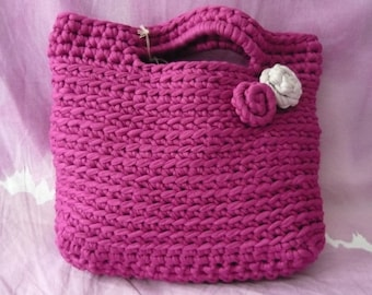 Girls ' handbag made of crocheted, decorated with 2 flowers-handbag-Handbag for every occasion-low point in costa-Fuchsia