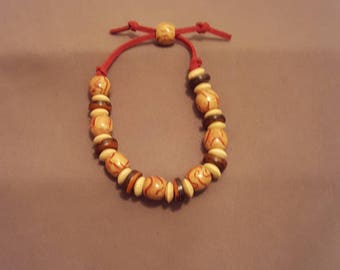 Variegated Wooden Bead Bracelet