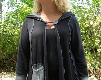 Vest transformed patchwork light grey and black hooded